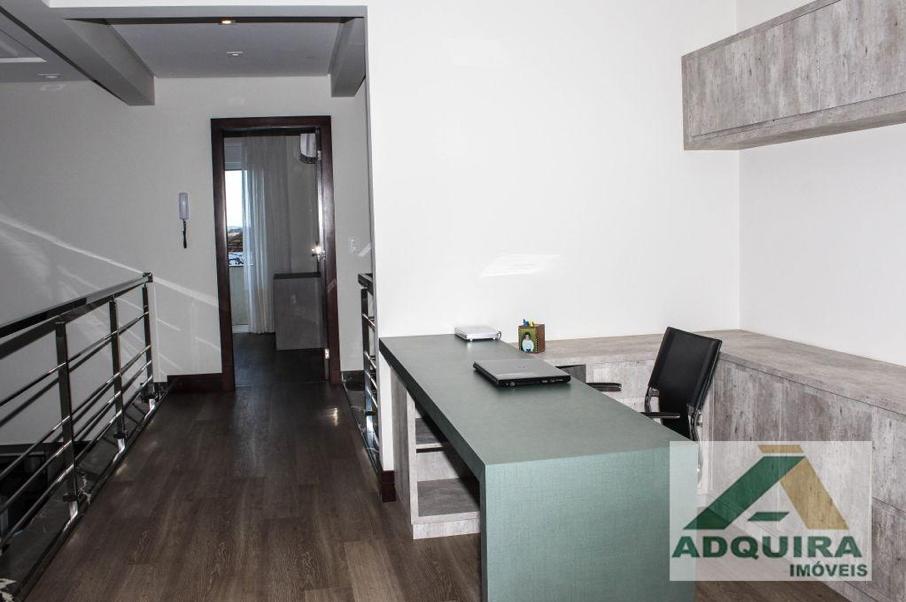 Casa de alto padrão em Ponta Grossacom escritório é uma ótima escolha se você deseja trabalhar e continuar próximo a família