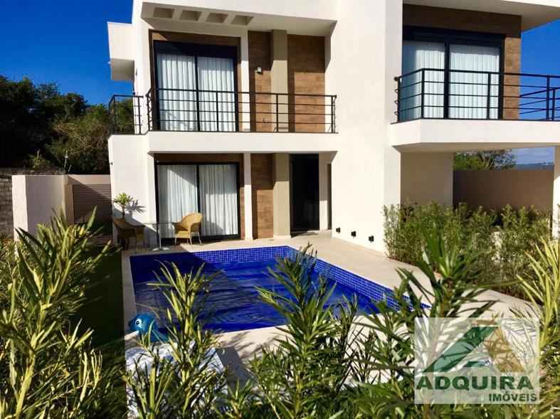 Comprar casa com piscina é investir em um imóvel diferenciado.